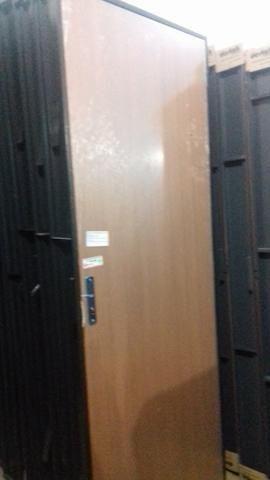 Porta de Madeira Nova Magno com Batente de Ferro 60/70/80 cm