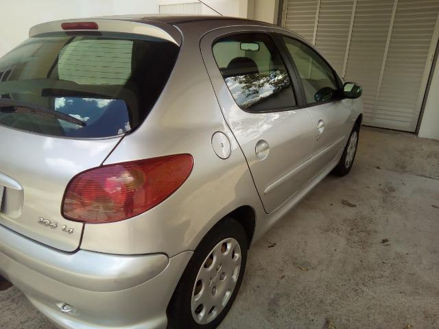 Peugeot 206 1.4 presence, 8V, gasolina, 4 portas - Foto 5