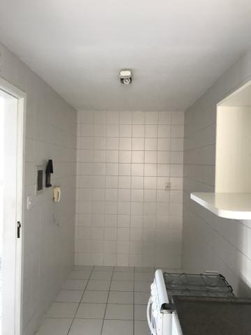 Apartaento 02 quartos, sala, varanda e 02 vagas de garagem. Nascente. Ed. Sunset Residece - Foto 12
