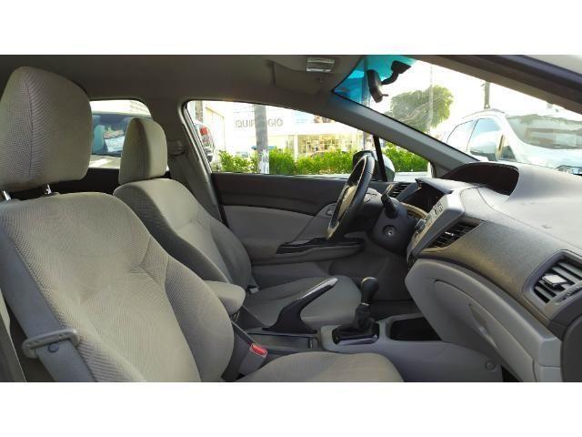 Civic Sedan LXS 1.8 Flex Mec. 4P - Foto 6
