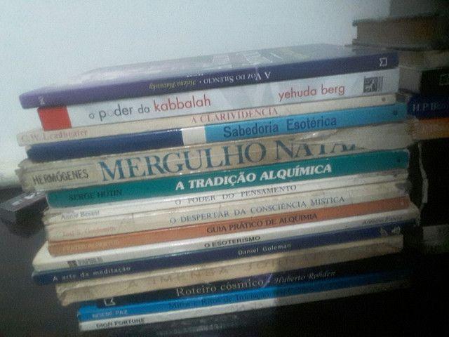 Livros usados/ Estante esotérica. - Foto 3