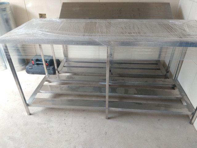 Mesa de inox coifa estante  - Foto 6