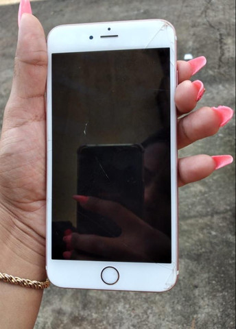 Vendo iPhone 6s Plus rose 32GB Biometria ok iCloud ok! Saúde da bateria 89% - Foto 4