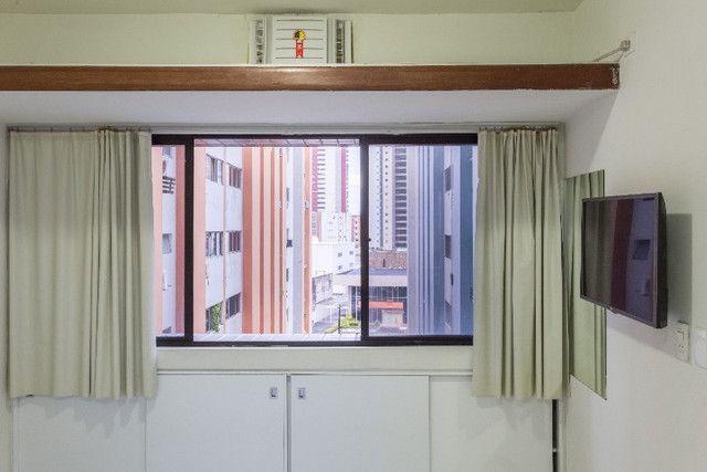 Flat 305 tipo studio, hospeda 03 pessoas, sendo uma cama de casal mais 01 cama de solteiro - Foto 4