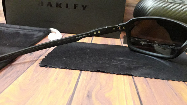 Óculos Oakley Carbon Shift Preto Polarizado - Novo e Importado - Foto 3