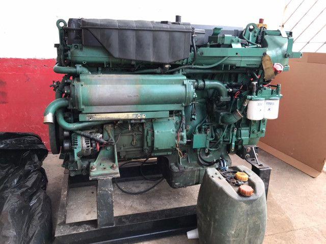 Motor marítimo Volvo 750 hp