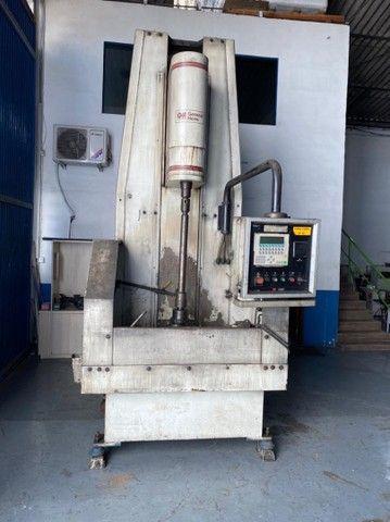 Brunidora Vertical CNC