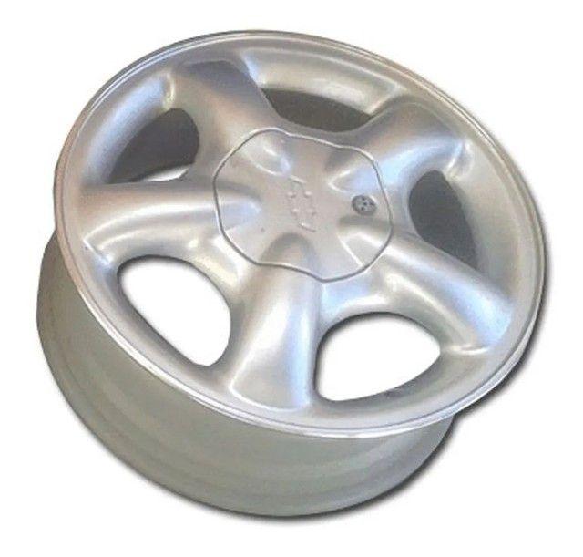Calota centro roda pick UP Corsa - Foto 4