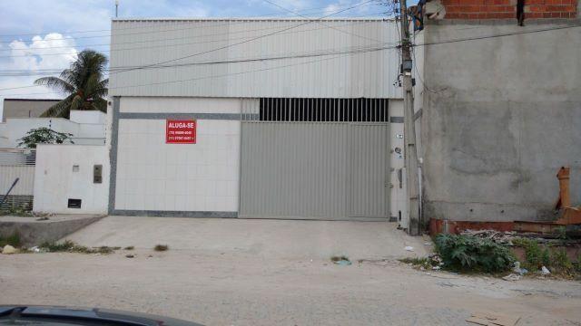 Galpão na Av. Aeroporto de Feira, 260m2
