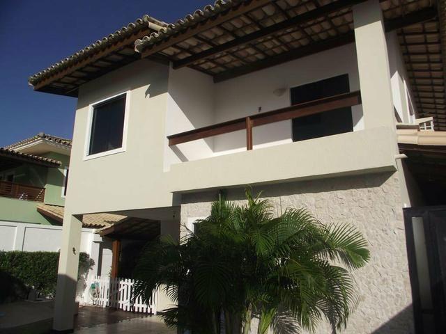 Casa ampla com 5/4 e suítes,piscina no condomínio Gileade