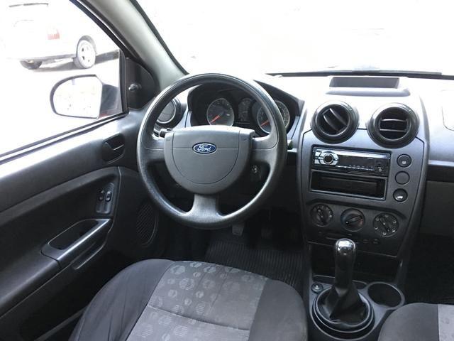 Ford Fiesta 1.0 completo 2011 - Foto 5
