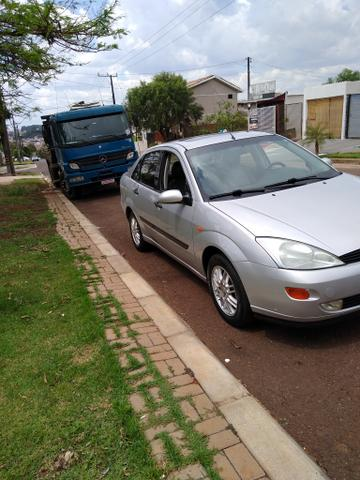 Focus sedan guia 2001 - Foto 12