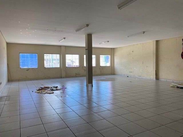Imóvel comercial em Olinda composto dois amplos salões e 6 salas em avenida principal - Foto 6