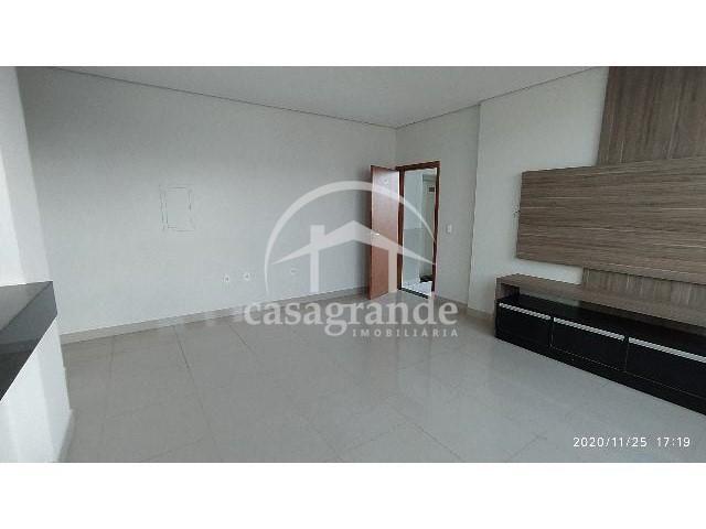 Apartamento para alugar com 3 dormitórios em Saraiva, Uberlandia cod:18681