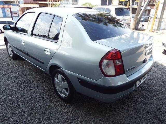 Clio sedan Privilege 1.0 completo ano 2005 - Foto 2