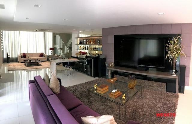 Condomínio Stellarium, casa tríplex com 5 suítes, 8 vagas de garagem, Elevador - Foto 6