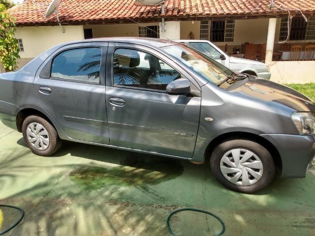 Étios Sedan 1.5 XLS 2014 - Foto 4