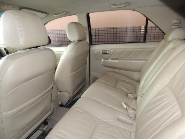 Toyota Hilux SW4 SRV 3.0 4x4 Diesel 5 Lugares - Foto 5