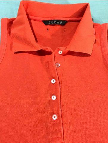 Camiseta de malha feminina com gola e botões  - Foto 3