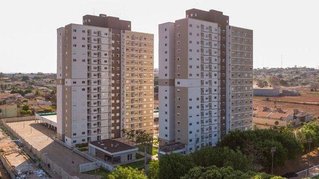Apartamentos com 2 quartos em condomínio fechado / Rondonópolis - MT