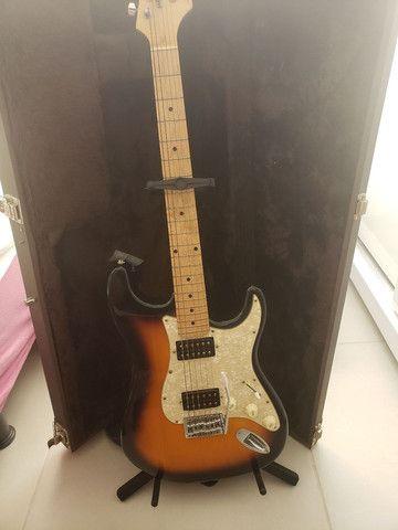 Guitarra  e amplificador fender - Foto 2