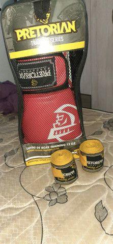 Kit luvas de boxe e faixas Pretorian