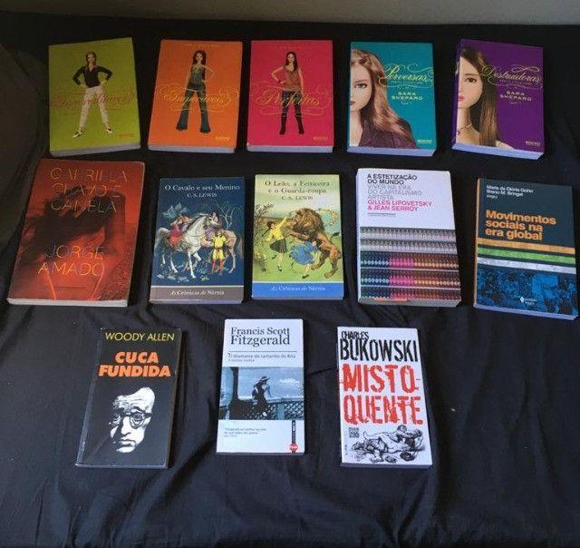 Livros por 5 e 10 reais - Foto 2