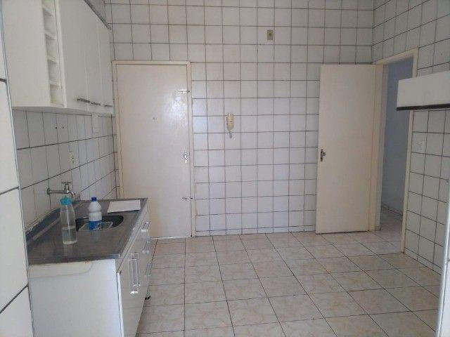 Condomínio Residencial Benfica-99m2- Elevador- 4°andar - Foto 9