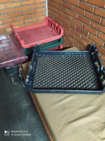 Vende se caixa para transporte de pão de forma - Foto 2