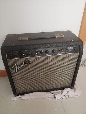 Guitarra  e amplificador fender - Foto 6