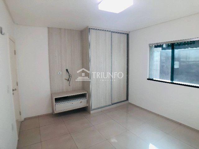 114 Casa com 03 quartos no Centro pronta p/morar, Aproveite! (TR46656) MKT - Foto 2