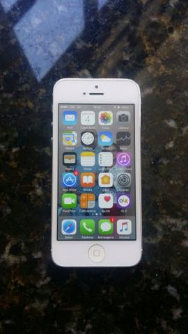 Vendo iPhone 5 branco 16gb
