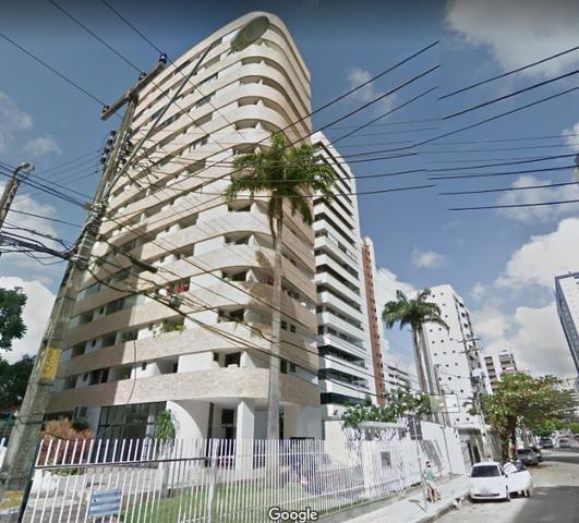 Apartamento 03 suites próximo a praça portugal Meireles