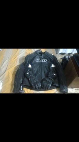 Jaqueta com proteção