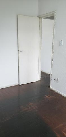 Apartamento no bairro Irajá, 2 quartos - Foto 8