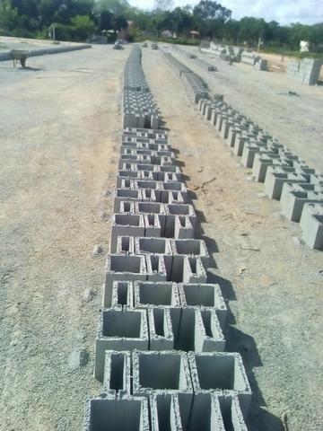Maquina de bloco de concreto Poedeira Compaq Mak JF6000 Turbo - Foto 4