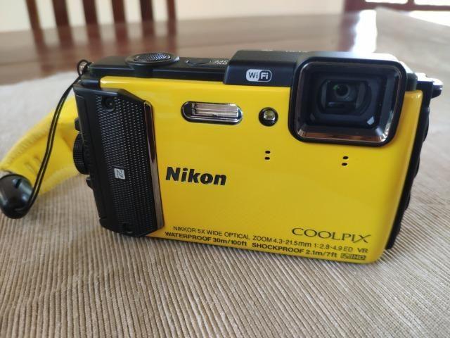 Câmera Nikon Coolpix AW130 à Prova Dágua FullHD Amarelo . NOVA