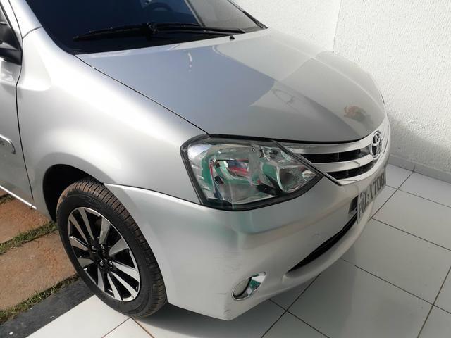 Toyota Etios Sedan Platinum 1.5 manual Ipva 2020 - Foto 4