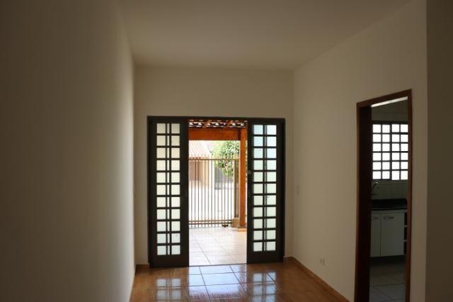 Alugue com Cartão de Crédito - Casa Zona Leste - 3 Dormitórios - Foto 10