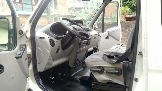 Renault master 2.5 minibus 16 lugares teto alto R$28.000 pra troca R$32.000 - Foto 6