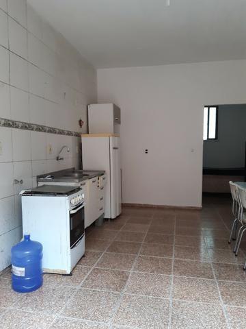 Alugo quitinete mobiliada Itajaí-SC R$ 650.00 - Foto 4