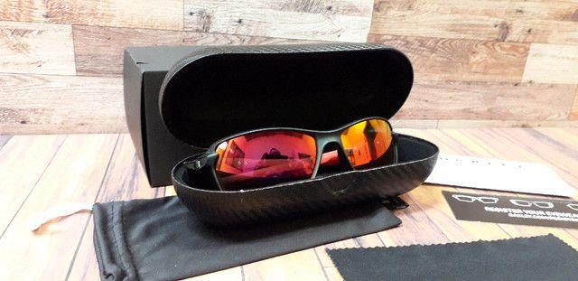 Óculos Oakley Carbon Shift Scuderia Ferrari Preto/Vermelho Polarizado - Novo - Foto 4
