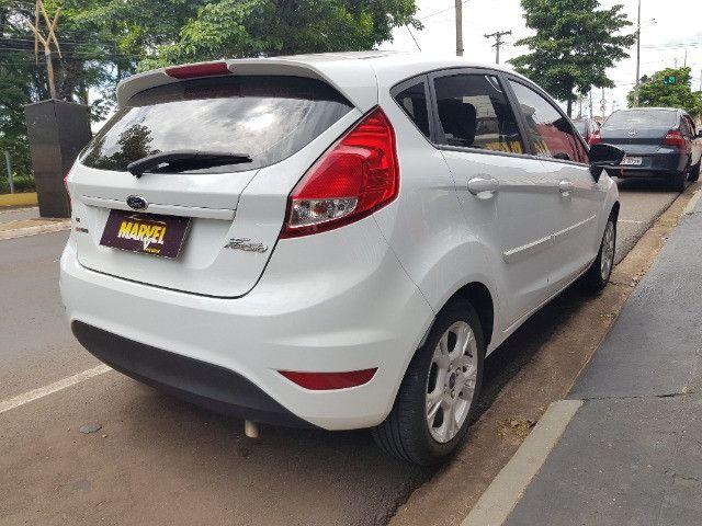 Ford Fiesta hatch 1.6 flex automático completo - 2014 - Foto 10