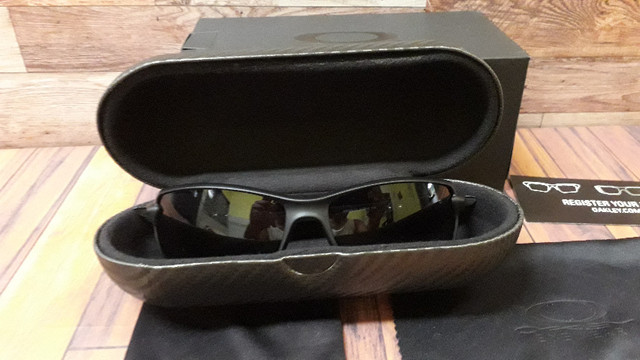 Óculos Oakley Carbon Shift Preto Polarizado - Novo e Importado - Foto 4