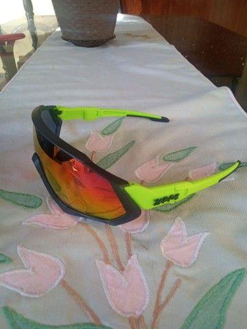 Óculos Abus e óculos ApvoK com 5 lentes R$140,00 cada - Foto 2