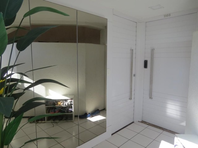 Apartamento três suítes, projetado, andar privilegiado! - Foto 12