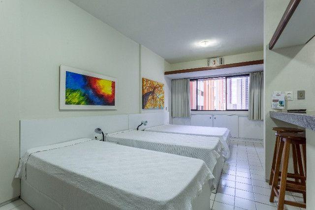 Flat 305 tipo studio, hospeda 03 pessoas, sendo uma cama de casal mais 01 cama de solteiro