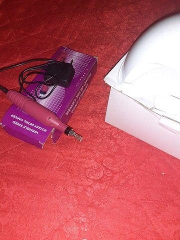 Vende-se uma cabine em uma lixa de unha elétrica semi-nova - Foto 2