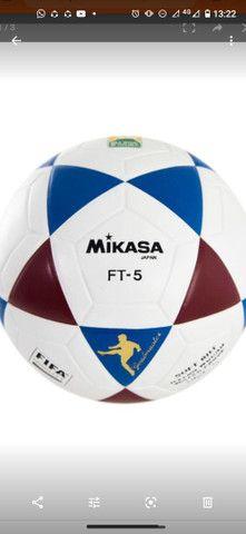 Bola Original Mikasa para Futevôlei e altinha com o Selo da Mikasa Oficial. - Foto 3