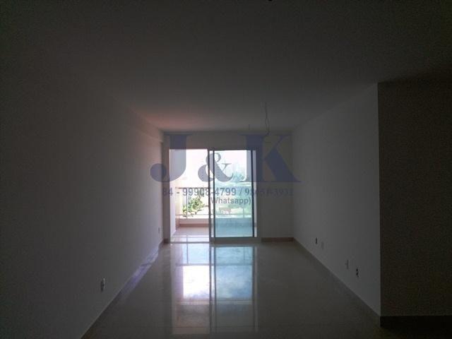 Edifício Arnaldo Barbalho Simonetti - 03 suítes em Lagoa Nova